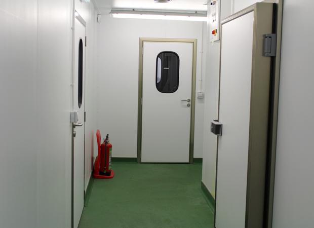 Portas de Serviço Pivotantes
