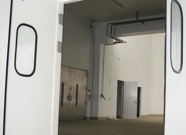 Hinged Door - 15 mm Polyethylene
